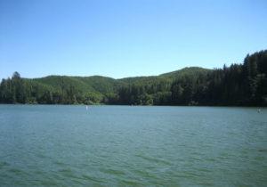 Lakeside Tenmile Lake